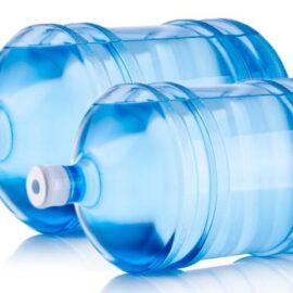 vale a pena comprar água de galão